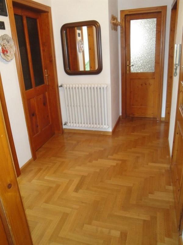 Casa indipendente in vendita 20 minuti da Livigno - ampio atrio-disimpegni