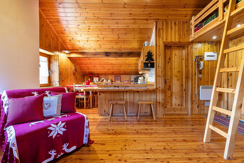 Immobiliare Abita - mansarda in vendita Isolaccia soggiorno - angolo cottura pranzo