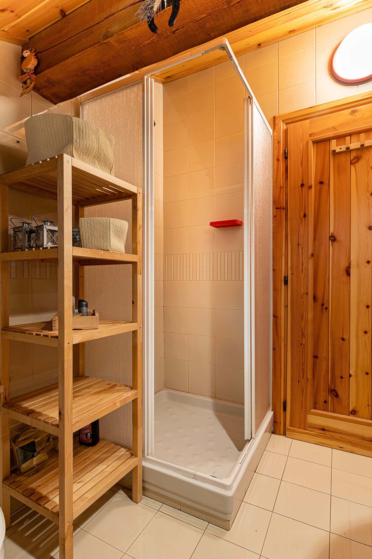 Immobiliare Abita mansarda in vendita - bagno con doccia
